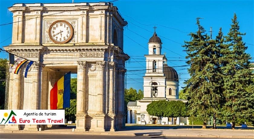 Excursie Basarabia dintre Prut si Nistru Moldova 5 zile - 189 €/Persoana