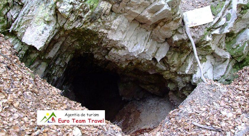 Grota Sulfuroasa Balvanyos – Obiective Turistice Romania